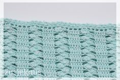 Unique and gorgeous crocheted blanket.Free English pattern at bottom of page! Crochet Stitches For Blankets, Baby Afghan Crochet, Free Crochet, Blanket Stitch, Afghan Blanket, Vintage Blanket, Crotchet Patterns, Afghan Patterns, Crochet Designs