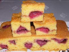 Epres egyensúlytészta - Kockalány konyhája Cornbread, Ethnic Recipes, Food, Millet Bread, Essen, Meals, Yemek, Corn Bread, Eten