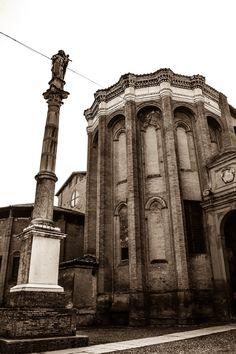 Basilica de Santo Domingo (Bologna - Italy)