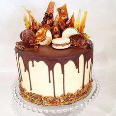 Caramel Cake Decoration As Well As Layers Of Chocolate Mud Cake Hazelnut Meringue Butterscotch Spike CE EE B Chocolate Mud Cake, Macarons Chocolate, Chocolate Hazelnut, Drippy Cakes, Fancy Cakes, Pretty Cakes, Creative Cakes, Cake Creations, Celebration Cakes