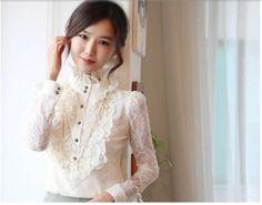camisa de renda com babados branca modelo estilo antigo
