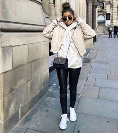 Fall / Winter OutFits Cozy Outfit Idea You Need To Wear In Winter What Is Embarrassment? Winter Fashion Outfits, Fall Winter Outfits, Look Fashion, Autumn Winter Fashion, New York Winter Outfit, Look Winter, Winter Style, Fall Fashion, Street Style Outfits