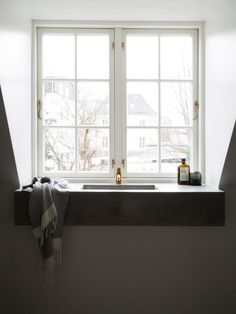Bathroom | Copenhagen Apartment by Norm Architects | est living