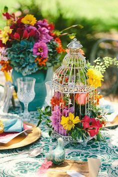 Hochzeit im Frühling - Tischdekoration aus einer Laterne