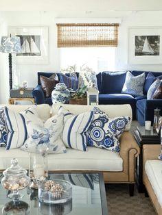 Gorgeous Coastal Living Room Decorating Ideas