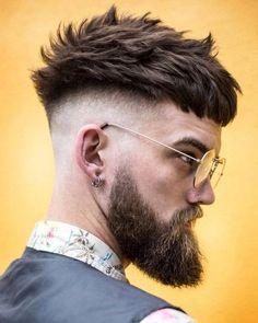 60 Cool Faux Hawk (Fohawk) Haircuts for Men Popular Mens Hairstyles, Cool Hairstyles For Men, Popular Haircuts, Haircuts For Men, Mens Hairstyles Color, Hipster Hairstyles Men, Amazing Hairstyles, Men's Hairstyles, Skin Fade Pompadour