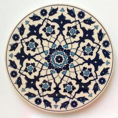pottery painting ideas White and Blue Ceramic Trivet - Sophie's Bazaar - 1 Pottery Painting, Ceramic Painting, Ceramic Art, Ceramic Coasters, Ceramic Plates, Glazes For Pottery, Ceramic Pottery, Hand Painted Plates, Decorative Plates
