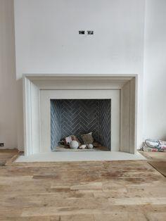 Wood Fireplace Surrounds, White Stone Fireplaces, Marble Fireplace Surround, Stone Fireplace Mantel, Classic Fireplace, Simple Fireplace, Concrete Fireplace, Bedroom Fireplace, Fireplace Remodel