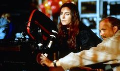 """Kathryn Bigelow """"I began to exercise a lot of cinematic muscle with the precepts I had learned in the New York art world. Film was intriguing. I began to think of art as elitist; film was not. Famous Directors, Female Directors, Best Director, Film Director, Werner Herzog, Photography Movies, Thelma Louise, Beautiful Film, Great Women"""