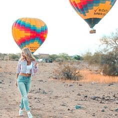 Scottsdale offers the perfect quick yet refreshing getaway experience. Food, culture, hotel, activities, all of my best recommendations for an awesome first time visitor! Scottsdale Arizona, Balloon Rides, Air Balloon, Weekend Getaways, Luxury, Travel, Delicious Food, Instagram, Bucket