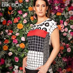 Estampa da tendência gráfica moderna da Miss Bik Bok #missbikbok #plussize #modagg #curvy