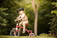 Primeira vez na bicicleta.  Fotografia: Adrian C. Murray no 500px.