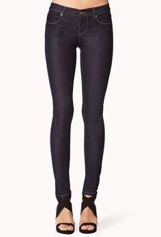 Classic Skinnies | FOREVER21 Pick up these #SkinnyJeans for just $7.80! Can you say WOW!#ForeverHoliday