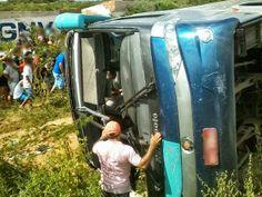 Blog Paulo Benjeri Notícias: Ônibus tomba em rodovia e deixa mortos e feridos n...