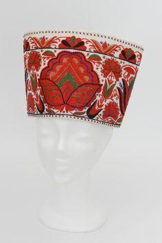maiden traditional headwear from Kaarma Parish, Estonia