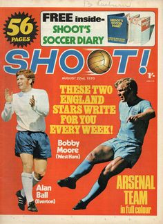 magazine in August 1970 featuring England pair Alan Ball and Bobby Moore on the cover. Gordon Banks, Magazine Front Cover, Chelsea Players, Bobby Moore, English Football League, West Brom, Football Memorabilia, S Diary, Football Program