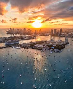 Miami is the perfect place to sit back and catch a beautiful sunset and these are the best places to watch the sunset in Miami. Miami Sunset, Best Sunset, Beautiful Sunset, Miami Beach, Visit Florida, Florida Travel, Miami Florida, South Florida, Miami City