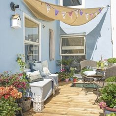 Don't have the luxury of a lawn? Be inspired by these gorgeous…