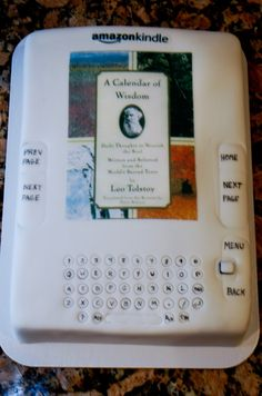 Kindle cake by JanetP of Cake Central.