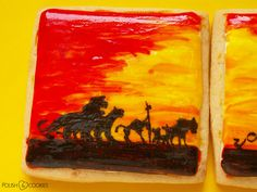 the lion king scene cookie painted tutorial Polish Cookies, Paint Cookies, King Painting, Cookie Tutorials, Nail Polish Art, Hakuna Matata, My Nails, Safari, Lion