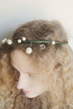 Pearls and Crystals Crown Circlet Bridal HeadPiece Wedding Fashion Accessory HairPiece Wedding Hair Adornment
