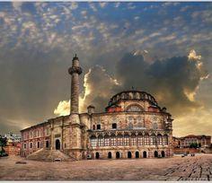 Laleli Camii #Istanbul (Foto: Zübeyde Çiçek) #istanlook