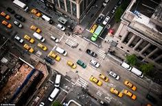 Afbeeldingsresultaat voor new york street black white color
