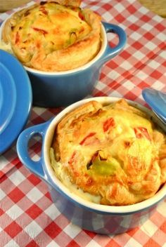 mini quiches met prei en paprika