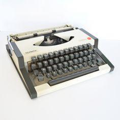 AEG Olympia Traveller S writing machine, Germany, 70s. | Maszyna do pisania AEG Olympia Traveller S, Niemcy lata 70. | buy on Patyna.pl | #forsale #vintage #vintagefinds #vintageshop #vintagelove #retro #old #design #home #midcenturymodern #want #amazing #home #inspiration #kitchen #decoration #furniture #ceramics #glass #writing #machine #writer #olympia #german #70s #1970s Vintage Love, Vintage Shops, Writing Machine, Electronics Gadgets, Typewriter, Midcentury Modern, Olympia, 1970s, Germany