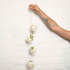 Hang with us. #letitflow #flowers #flow #new #love #comingsoon #nice #picoftheday #bloom #startup #mexico #deliver #bike #flores #cool #hang #rose