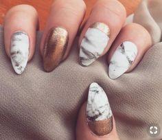 Sparkly and Shiny Nails Gliter Nail Art Designs Hairstyle Haircuts wedding nails Gliter Nails, Nails Opi, Sparkly Nails, Shiny Nails, Nail Polishes, Gold Nails, Copper Nails, Coffin Nails, Acrylic Nails