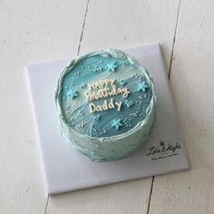 Korea Cake, Happy Daddy, Pretty Birthday Cakes, Kid Desserts, Disney Sketches, Korean Fashion, Cake Decorating, Korean Style, Cake Ideas