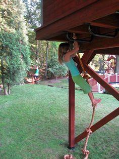 Barbara Butler-Extraordinary Play Structures for Kids-Bluebird Treehouse: Bluebird Treehouse