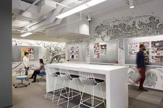 whimsical office - Designed by Eastlake Studio for the packaging design company 'Equator Design' in Chicago, this whimsical office has walls that are cove. Interior Design Magazine, Office Furniture, Office Decor, Office Inspo, Office Ideas, Furniture Ideas, Illinois, Innovative Office, Creative Office Space