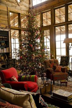 Beautiful rustic cabin decor for christmas