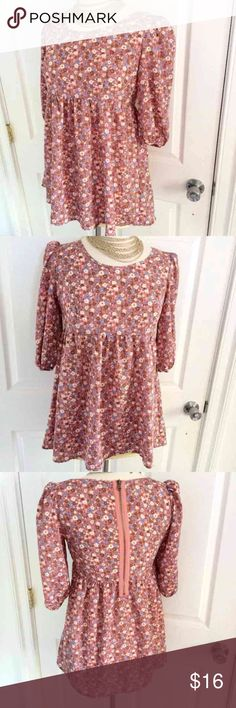 Forever 21 Boutique Long Shirt Sz M Forever 21 Boutique Long Shirt Sz M Can be worn as a Mini Short Dress The length is 28 inches Forever 21 Tops Blouses