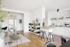 Living Room + Kitchen | Stockholm | Photography courtesy of bostad erikolsson | via SFGirlByBay