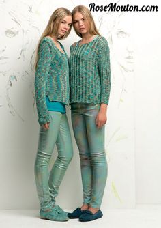 Ce printemps été 2015 la mode sera aux couleurs pastels et acidulées. Découvrez-les dans le catalogue LANG YARNS Twins FAM 219 https://www.rosemouton.com/lang-yarns-catalogue-twins-fam-219-1692.html #langyarns #tricot #knit #knitting #rosemouton