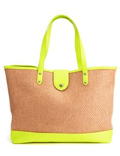 Your 8 statement beach bags -How to buy? How to style? Get ready for summer!