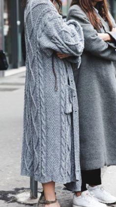 Cardigan Pattern, Knit Cardigan, Knit Or Crochet, Sweater Fashion, Sweater Weather, Knit Patterns, Knitwear, Winter Outfits, Sweaters For Women