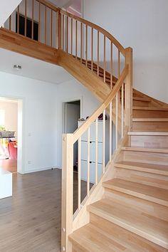 bildergebnis f r geschlossene treppe stairways. Black Bedroom Furniture Sets. Home Design Ideas