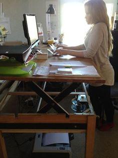 adjustable sit-stand desk