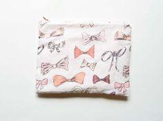 Bows Print Pouch