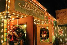 It's Christmas at Brown's Candy at #SilverDollarCity in #Branson!