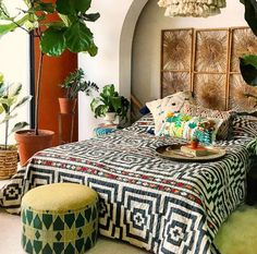 The bohemian look throws all the interior decorating rules out the window. When you embrace boho home decor, you get to decorate however you want. This style is relaxed and unique, and relies heavily on styles from different cultures. Bedroom Decor, Decor, Eclectic Bedroom, Bohemian Style Decor, Bohemian Furniture, Cabin Decor, Home Decor, Bohemian Decor, Boho Bedroom Decor