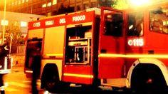 """""""Bruciata"""" la 13esima edizione di Grande Fratello: incendio a Cinecittà  http://tuttacronaca.wordpress.com/2013/12/14/bruciata-la-13esima-edizione-di-grande-fratello-incendio-a-cinecitta/"""