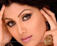 Shilpa Shetty - Wallpaper (Size:1280x1024)