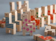 Wooden blocks : papaco YOSHINO