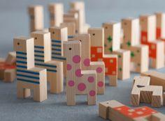 Wooden blocks : papaco YOSHINO