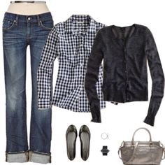 Casual, comfy, and cute...this is stay at home mom attire :)